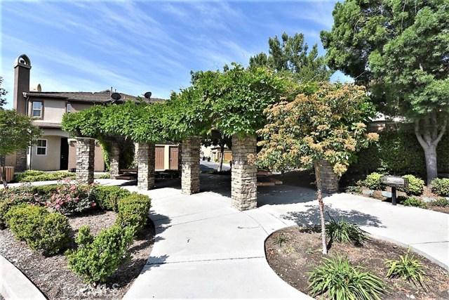 8692 9th Street, Rancho Cucamonga CA: http://media.crmls.org/medias/8a935170-8473-48b6-93d9-a65acfbfea64.jpg