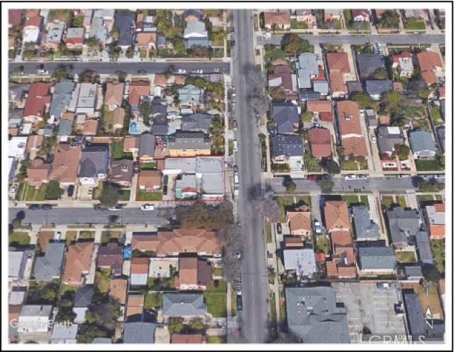 723 S Inglegood Avenue, Inglewood CA: http://media.crmls.org/medias/8a944f48-c91f-437f-af4c-713627b1432a.jpg