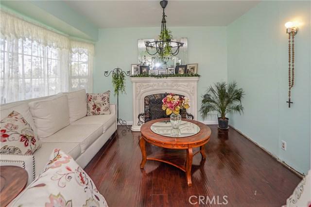 5838 Canobie Avenue, Whittier CA: http://media.crmls.org/medias/8a96609e-5795-4421-a130-e8adf48e81c3.jpg