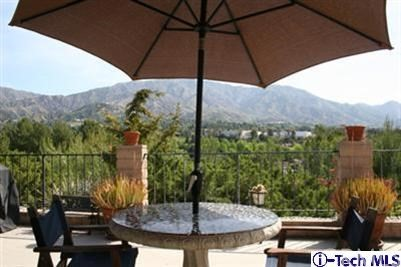 Single Family Home for Rent at 9426 Carlynn Place Tujunga, California 91042 United States