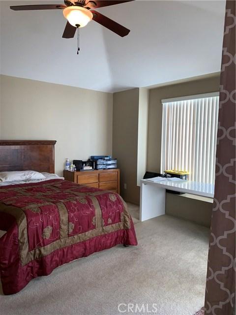 948 N Turner Avenue, Ontario CA: http://media.crmls.org/medias/8aa3bcf0-1ea1-4280-a60f-f704f207aa80.jpg