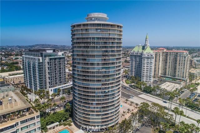 700 E Ocean Boulevard, Long Beach CA: http://media.crmls.org/medias/8aaa0365-f23b-4c51-b687-9ca6a9352123.jpg