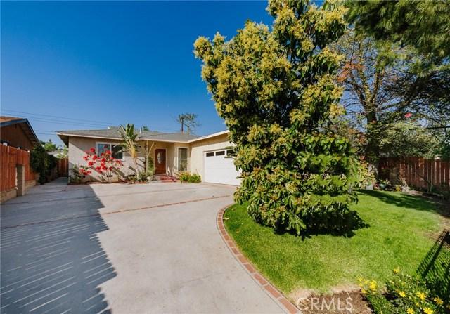 Maison unifamiliale pour l Vente à 14147 Daventry Street 14147 Daventry Street Arleta, Californie 91331 États-Unis