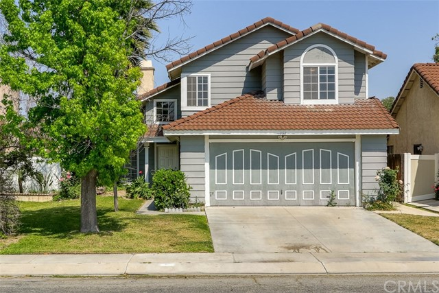 Single Family Home for Sale at 153 Plymouth Way N San Bernardino, California 92408 United States