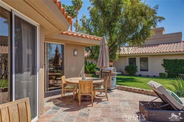 186 Desert Lakes Drive, Rancho Mirage CA: http://media.crmls.org/medias/8aacc52e-02fa-4b54-9e22-2509131274fe.jpg