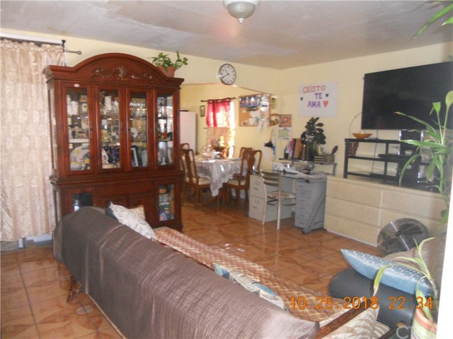 12924 Cook St, Los Angeles, CA 90061 Photo 4