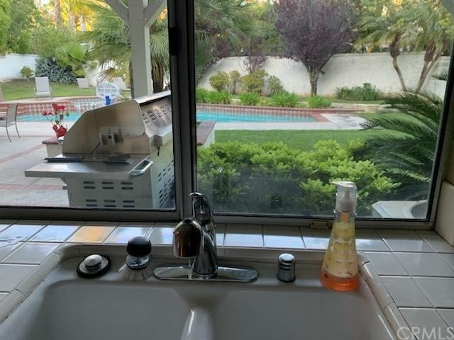 6225 Sunnyhills Place, Rancho Cucamonga CA: http://media.crmls.org/medias/8abc599d-22f8-466a-89d6-2649099e91e7.jpg