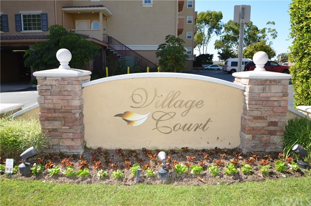 21345 Hawthorne Boulevard, Torrance, California 90503, 2 Bedrooms Bedrooms, ,2 BathroomsBathrooms,Condominium,For Sale,Hawthorne,SB19241250