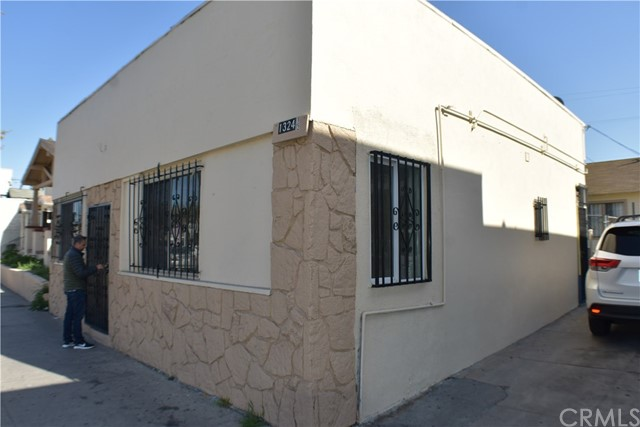 1324 W Florence Av, Los Angeles, CA 90044 Photo 0