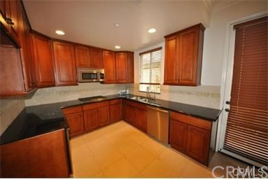 978 S Marengo, Pasadena CA: http://media.crmls.org/medias/8acd6c14-a012-47b2-b1fe-a895c9a05944.jpg