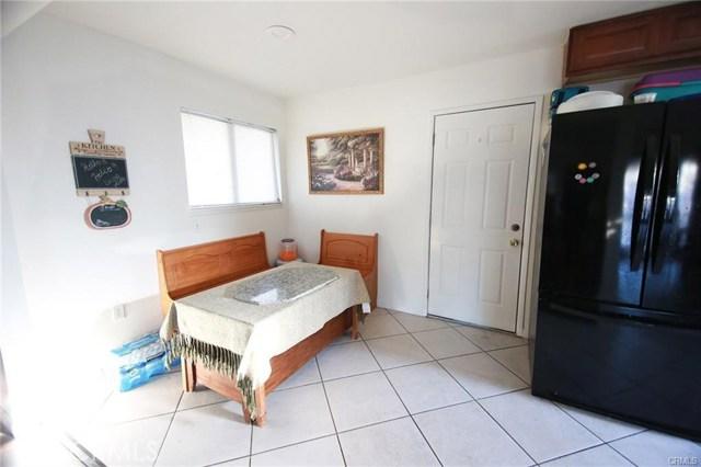 1284 E 36th Street, San Bernardino CA: http://media.crmls.org/medias/8af22925-64fd-4676-9e2c-cb6ff289d56e.jpg