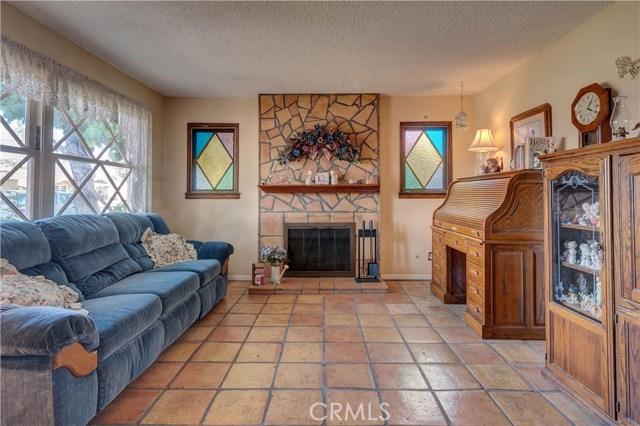 15908 Richvale Drive, Whittier CA: http://media.crmls.org/medias/8af2b27e-8ae9-4a00-8db9-baeb19896513.jpg