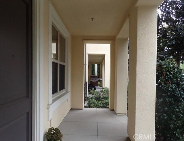 77 Mayfair, Irvine, CA 92620 Photo 3