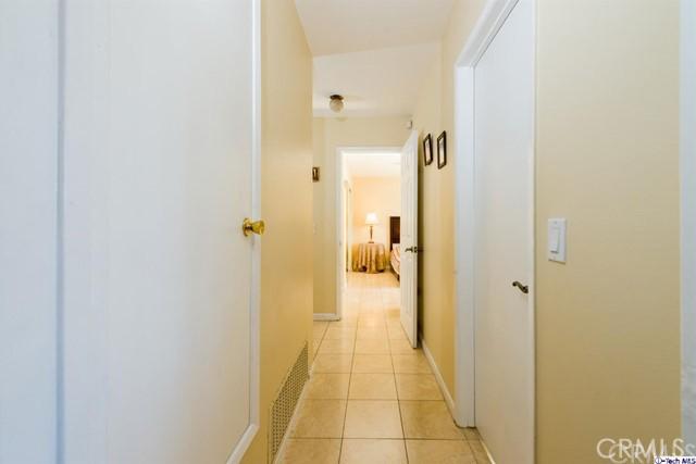16446 Armstead Street, Granada Hills CA: http://media.crmls.org/medias/8b0e640b-6076-4546-9412-640dd5809955.jpg