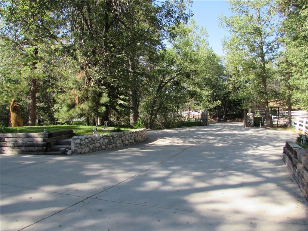 2992 Running Springs School Road Running Springs Area, CA 92382 - MLS #: EV17142385