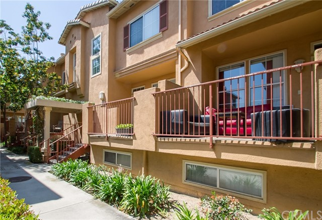 312 W Summerfield Circle Anaheim, CA 92802 is listed for sale as MLS Listing PW17070887