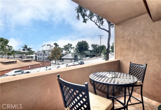 100 Cliff Drive 11, Laguna Beach, CA 92651