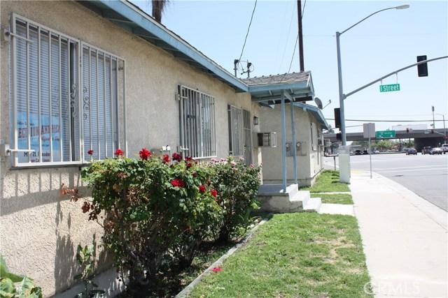 208 N I Street, San Bernardino CA: http://media.crmls.org/medias/8b3b774d-e219-4027-bc62-58152085c763.jpg