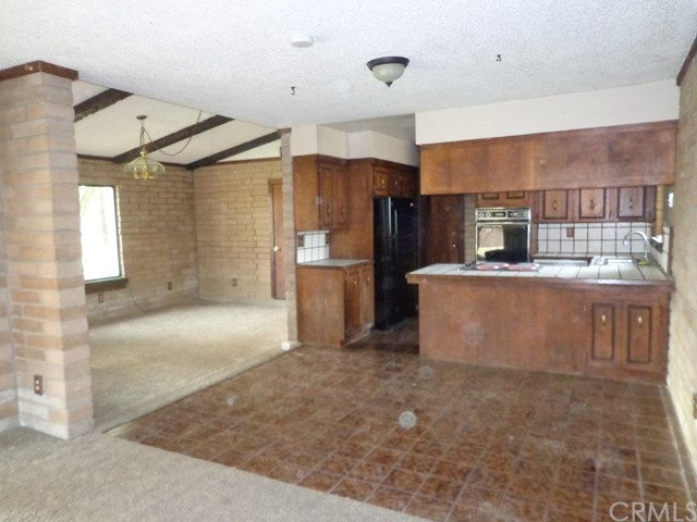 1987 County Road Kk, Willows CA: http://media.crmls.org/medias/8b50888b-5d3c-417f-811d-ad2166d80e9e.jpg
