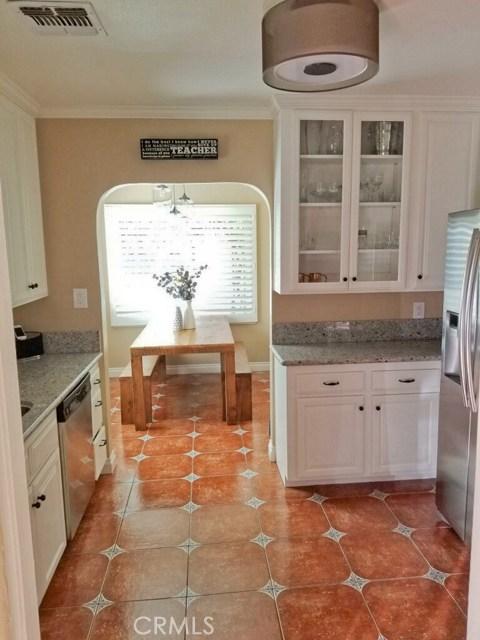 720 Winchester Avenue, Alhambra CA: http://media.crmls.org/medias/8b61e3b5-7fcd-434a-bbd2-62c0b3db3f2f.jpg