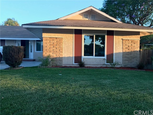 19218 E Valley View Street, West Covina CA: http://media.crmls.org/medias/8b66de76-0b34-4f5d-8ae0-e594cb3d9d50.jpg