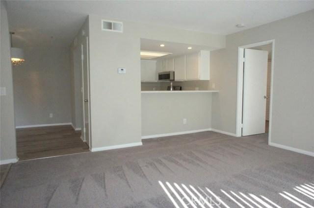 3547 W Greentree Cr, Anaheim, CA 92804 Photo 2