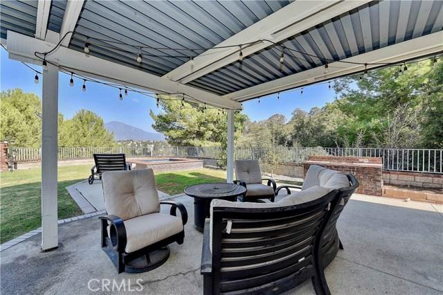 22196 Westcliff, Mission Viejo CA: http://media.crmls.org/medias/8b734012-bf8c-4aa5-8d39-768b16a1d4cc.jpg