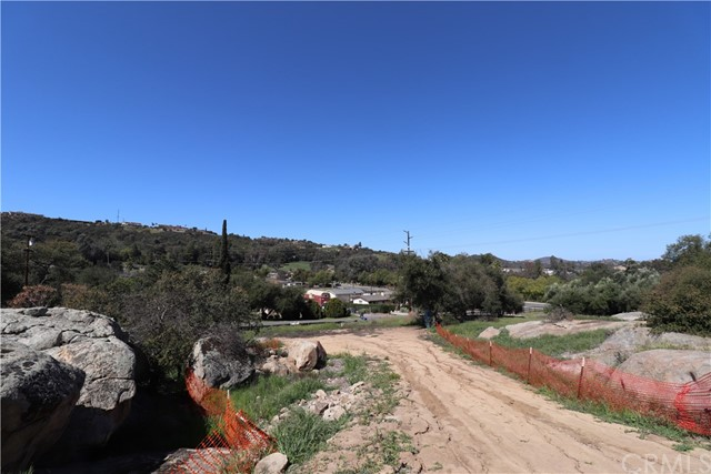 Photo of 27341 Oakmont Road, Valley Center, CA 92082
