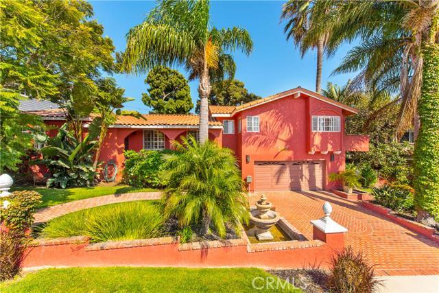 3208 Pine Avenue  Manhattan Beach CA 90266