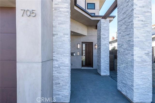 705 Paulina Avenue, Redondo Beach, California 90277, 5 Bedrooms Bedrooms, ,7 BathroomsBathrooms,Single family residence,For Sale,Paulina,SB18260354