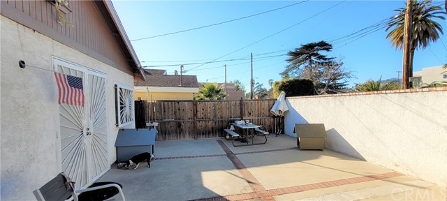 354 Crosby Street, Altadena CA: http://media.crmls.org/medias/8b8a1dcf-4bac-45aa-8a07-7697e7dbe388.jpg
