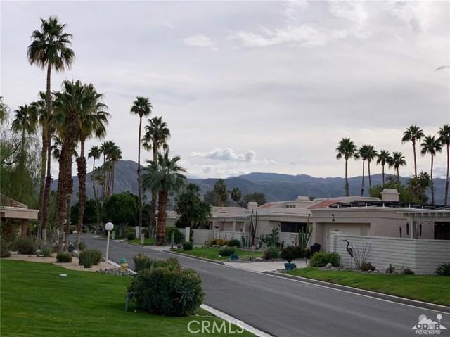 68107 Seven Oaks Drive, Cathedral City CA: http://media.crmls.org/medias/8b8cb2b9-5513-47da-acd7-ef6038f505d3.jpg