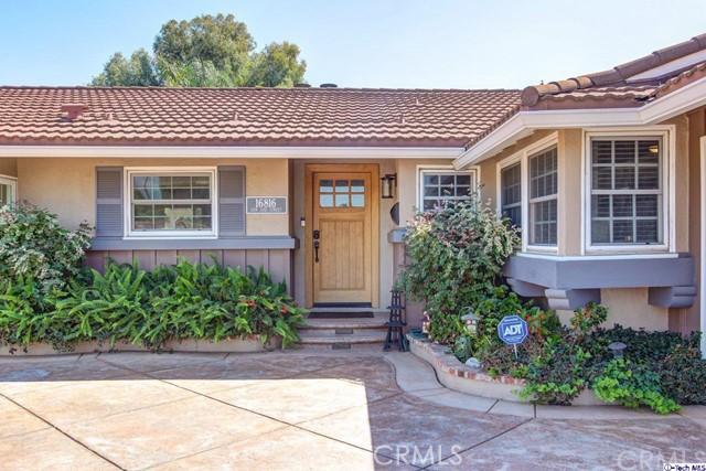 16816 San Jose Street, Granada Hills CA: http://media.crmls.org/medias/8ba8c581-d5e5-4ae4-ad48-dfdd5fd0f2e5.jpg