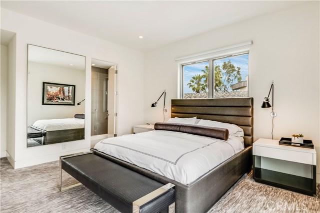 7816 Berger Avenue, Playa del Rey CA: http://media.crmls.org/medias/8bab23ba-05d0-47e9-bea4-67f5543de3be.jpg