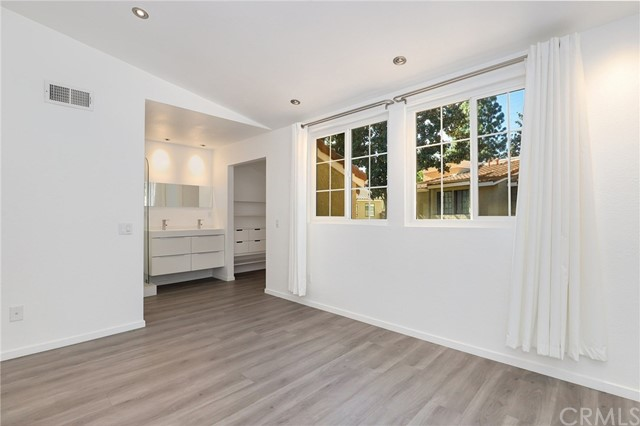 8167 Vineyard Avenue,Rancho Cucamonga,CA 91730, USA