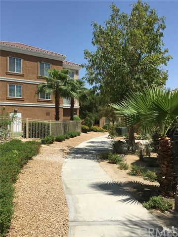 45245 Seeley Drive Unit 16B La Quinta, CA 92253 - MLS #: 218022600DA