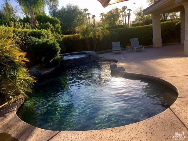 5 Varsity Circle, Rancho Mirage CA: http://media.crmls.org/medias/8bbb09ea-0493-4d22-b830-7396f93f0404.jpg