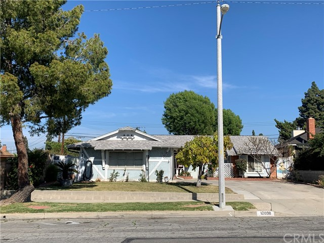 Detail Gallery Image 1 of 4 For 12038 Breezewood Dr, Whittier,  CA 90604 - 3 Beds   2 Baths