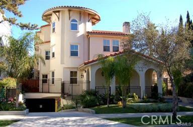 212 S Chester Avenue, Pasadena CA: http://media.crmls.org/medias/8bcab09d-fa7d-4342-bd65-f64858da947d.jpg