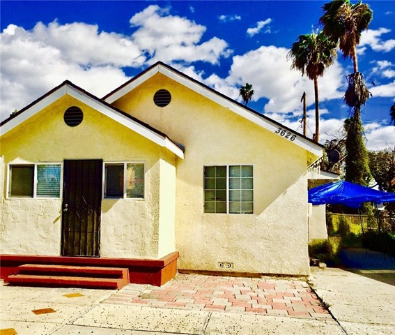 Single Family Home for Sale at 3626 8th Avenue 3626 8th Avenue Los Angeles, California 90018 United States