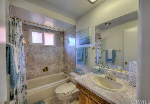 2809 Live Oak Avenue, Fullerton CA: http://media.crmls.org/medias/8bda0e0a-ba0f-4ad2-bce3-fbdccbda9737.jpg