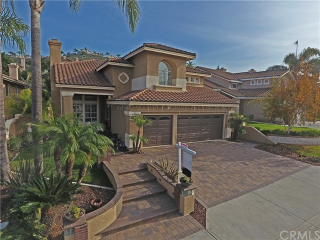 Single Family Home for Sale at 920 Creekview Lane S Anaheim Hills, California 92808 United States