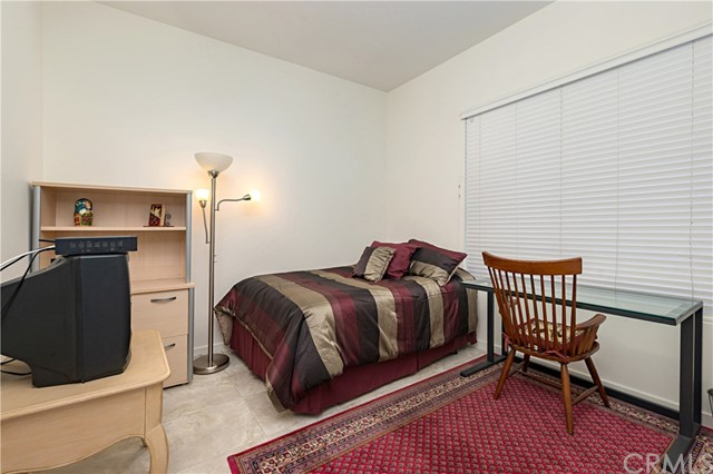 21 Gramercy Unit 104 Irvine, CA 92612 - MLS #: OC18126019