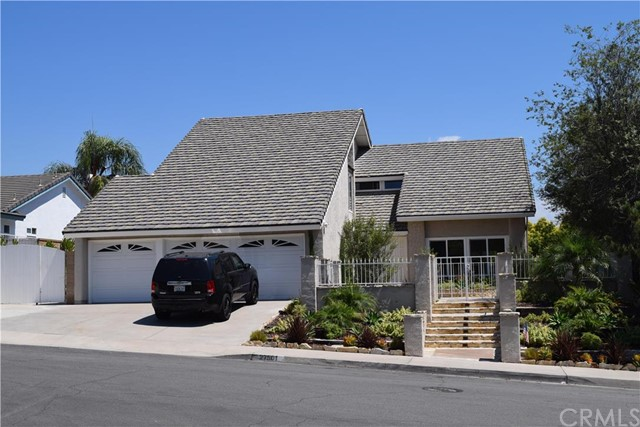 27501 ALMENDRA Mission Viejo, CA 92691 is listed for sale as MLS Listing OC16191993