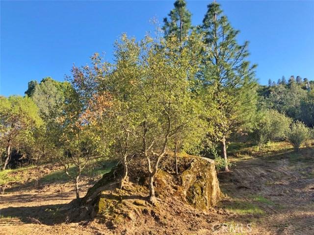 0 3.85 AC Foothill Lane, Oakhurst CA: http://media.crmls.org/medias/8c0b0c22-148c-4bd0-9bb6-495cf41f9656.jpg