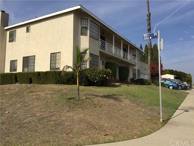 8517 Glider Ave, Westchester, CA 90045