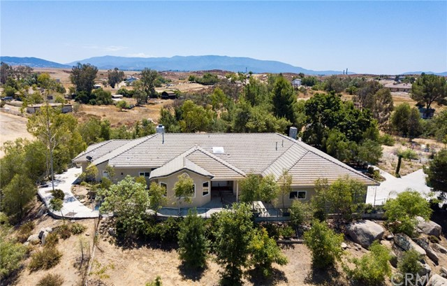 Photo of 32295 Buena Ventura Road, Winchester, CA 92596