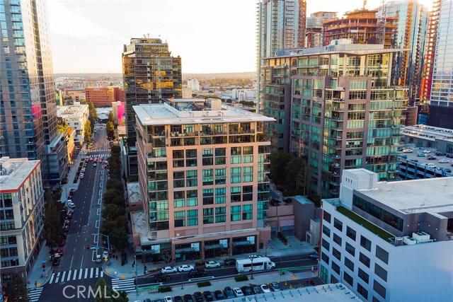 1111 S Grand Avenue, Los Angeles CA: http://media.crmls.org/medias/8c297862-f764-459f-8d8a-eaa17e2aada6.jpg
