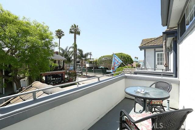 201 Agate Avenue, Newport Beach CA: http://media.crmls.org/medias/8c2c627d-f1eb-4f2c-96a3-1f96bfc8ca01.jpg