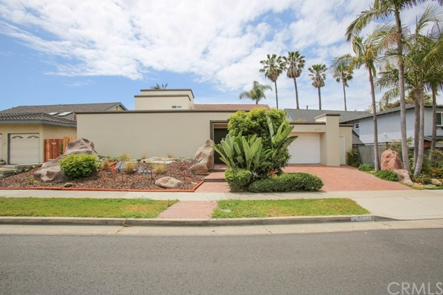 16871  Saybrook Lane, Huntington Harbor, California